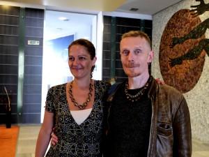Таня Тонева (Преводи Карел) и Роб Бърч (Stereo MC's)
